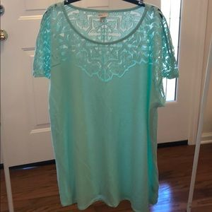 Cold shoulder laced top tunic
